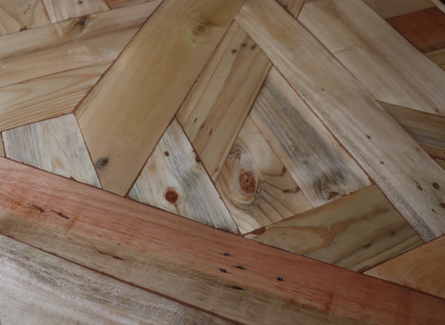 treehouse table closeup